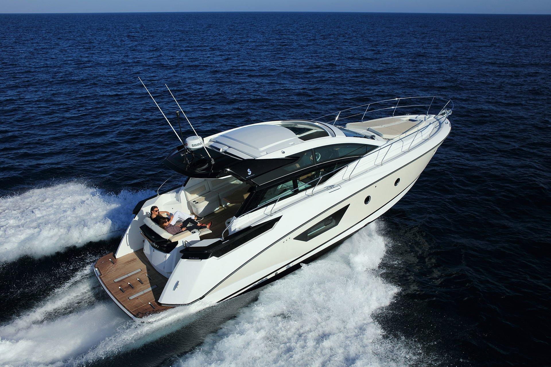 Beneteau gran turismo 46 luxury motor yachts for sale for Large motor yachts for sale